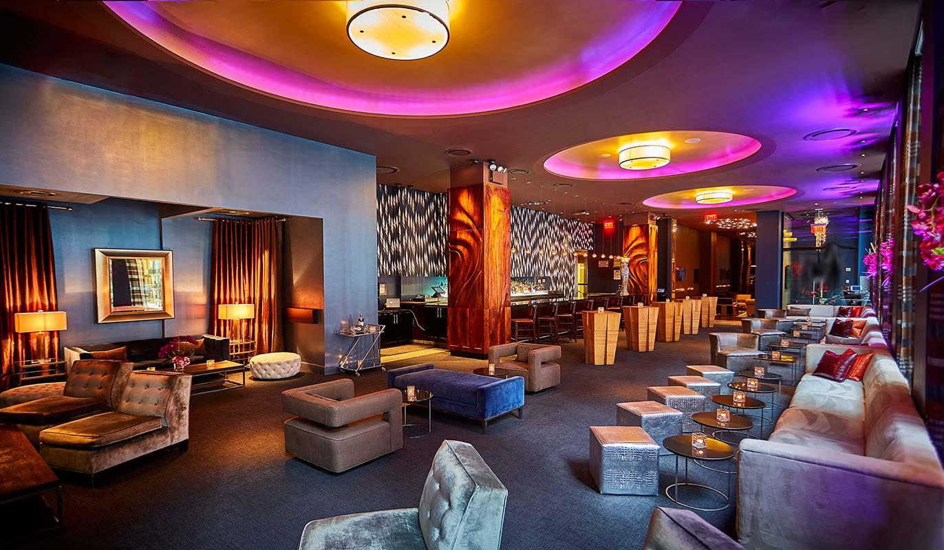 Luxurious Midtown Manhattan Cocktail Lounge near ...