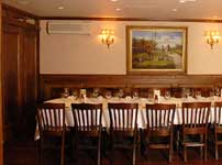 small meeting and dining room space for corporate events