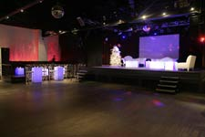 chelsea ny performance venue with event space and stage
