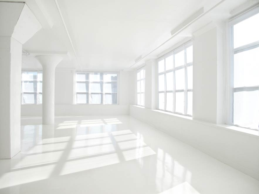 White Daylight Tribeca Studios With Movable Furniture And
