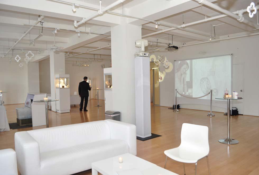Bright Intimate Fashion District Event Studio With Small