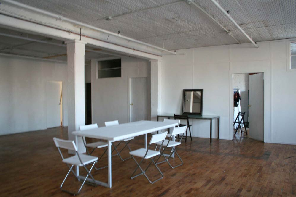 Williamsburg Brooklyn Loft Gallery With Outdoor Patio And
